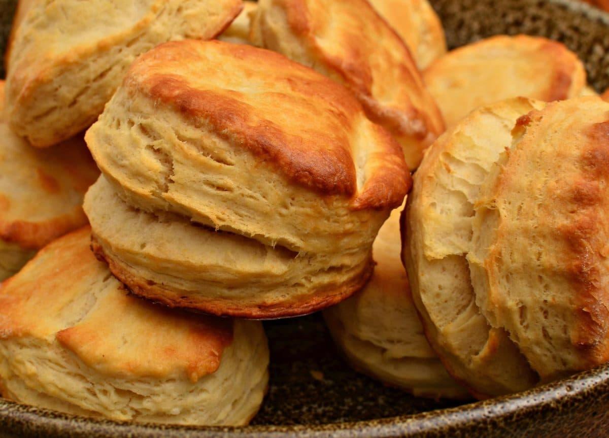 Homemade Buttermilk Biscuit Recipe